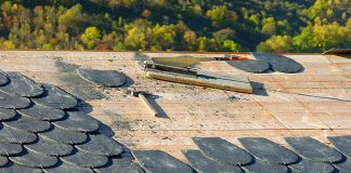 nettoyage d'une toiture en ardoise