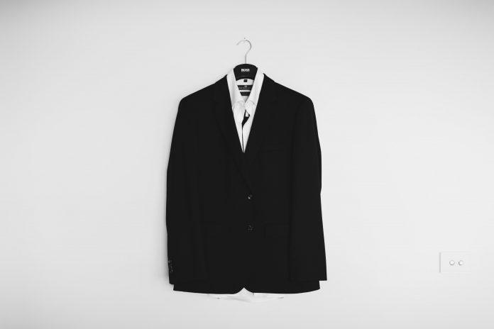 Un vêtement pour homme